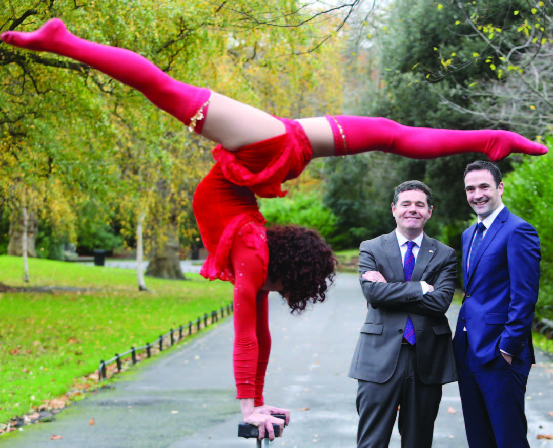 Attention seeking exhibitionist (centre) appears in St. Stephen's Green